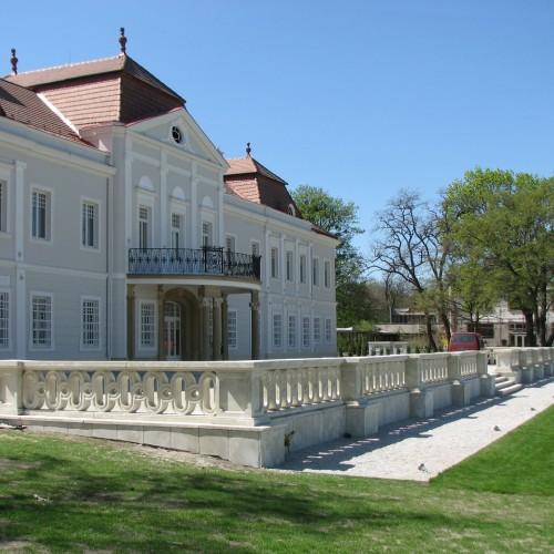 Mansion in Tomášov